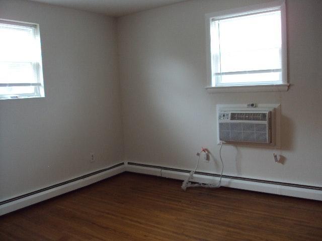 Arendell Bedroom