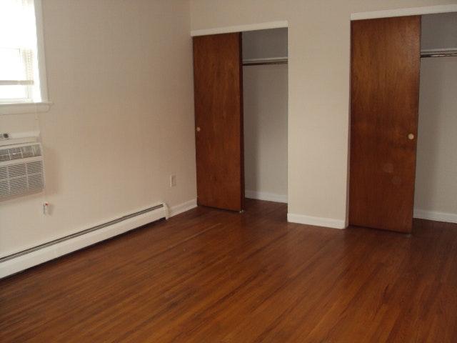 Arendell bedroom Closet